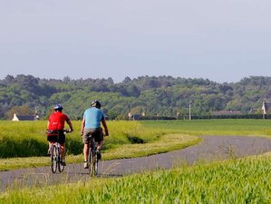 4 Days Self-Guided Loire Valley Cycling Tour in France