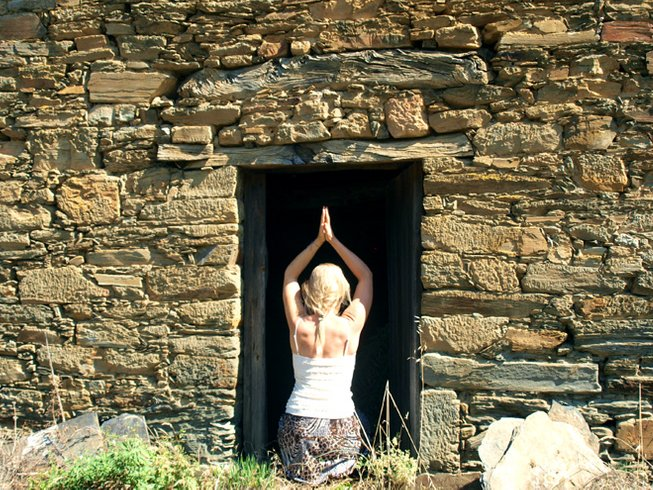 7 Days Shakti Yoga - Eco Yoga Retreat Portugal