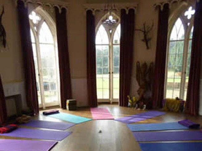 4 jours en stage de yoga et de méditation au nouvel an dans l'Oxfordshire, Grande-Bretagne