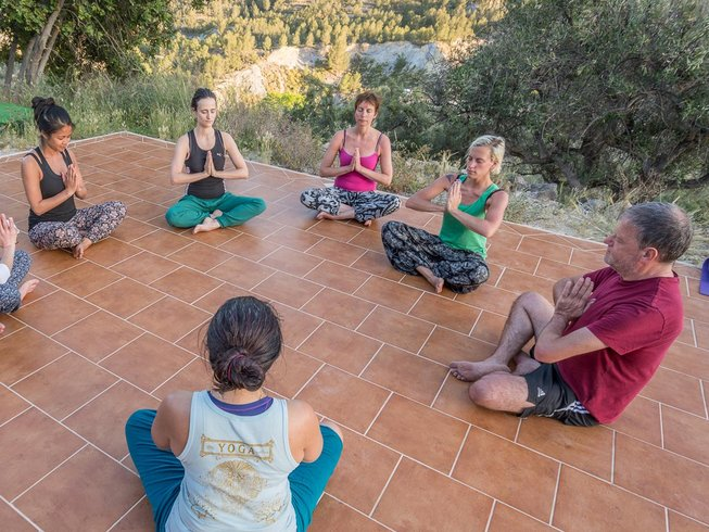 8 Days New Year Yoga and Meditation Retreat in Spain