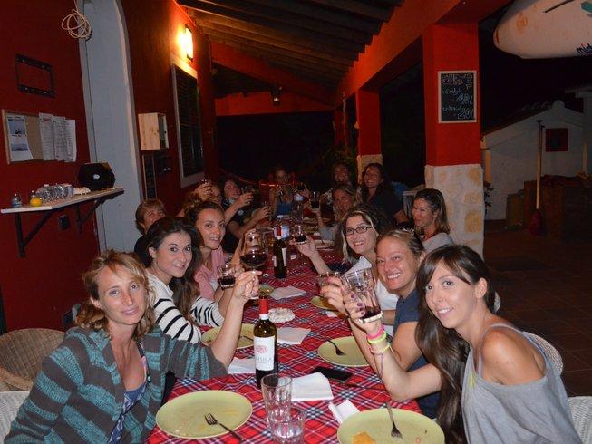8 días vacaciones de yoga y SUP en Ragusa, Italia