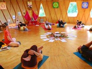 7-Daagse Verken de Chakra's Kriya Yoga Retreat in Takaka, Nieuw-Zeeland