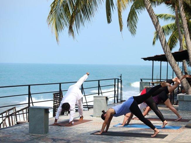 4 Days Relaxing Ayurveda Treatments and Yoga Retreat in Kerala, India