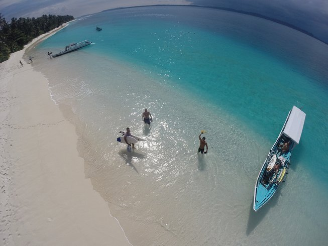 12 Days Mentawai Surf Camp and Fishing