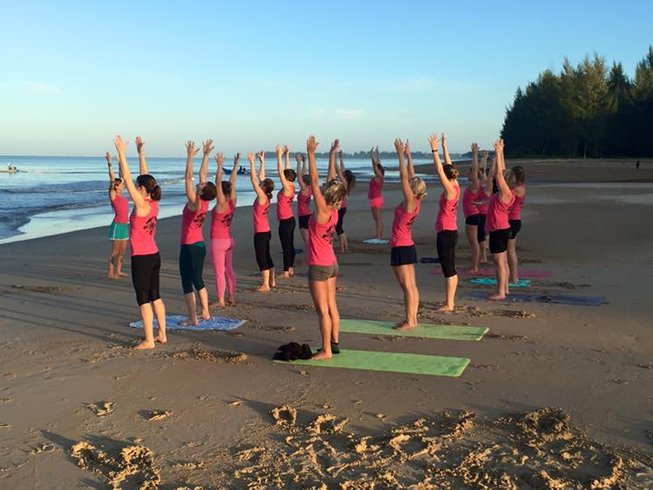 8 Days Raw Food and Yoga Retreat Thailand