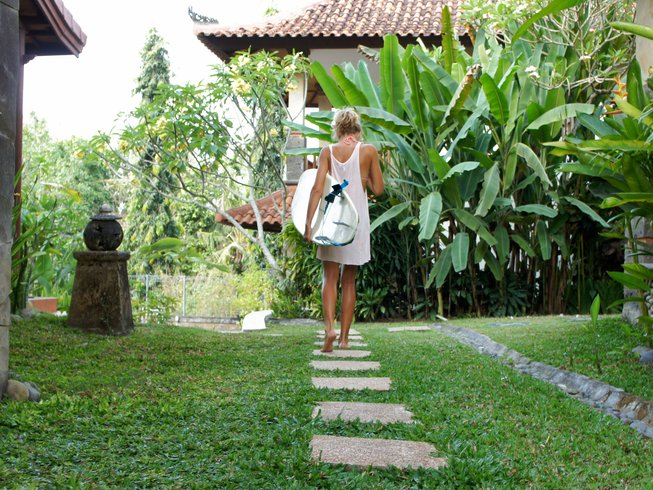 4 Days Surf Camp and Yoga Retreat in Bali