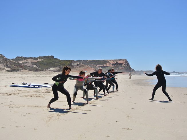 5 Days Yoga and Surf Retreat in Columbeira, Portugal