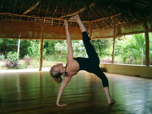15 Days Integrative Hatha Vinyasa Yoga Retreat in Sri Lanka