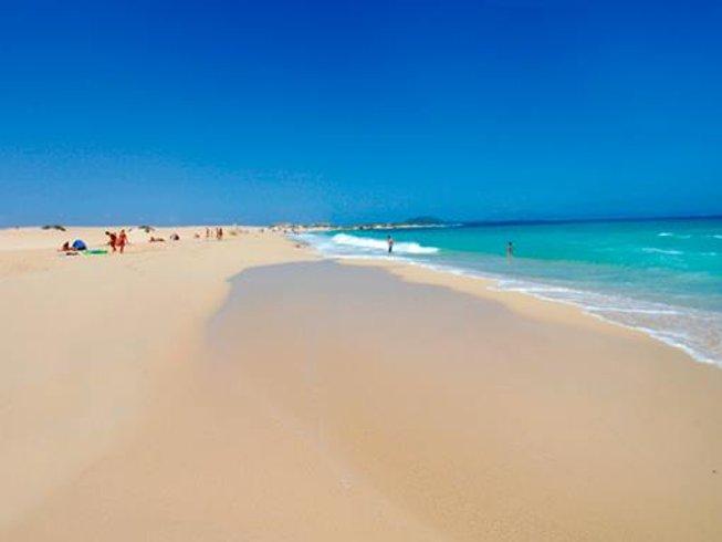 8 Tage Ein Kreis aus Yoga und Surf Camp auf Fuerteventura, Spanien