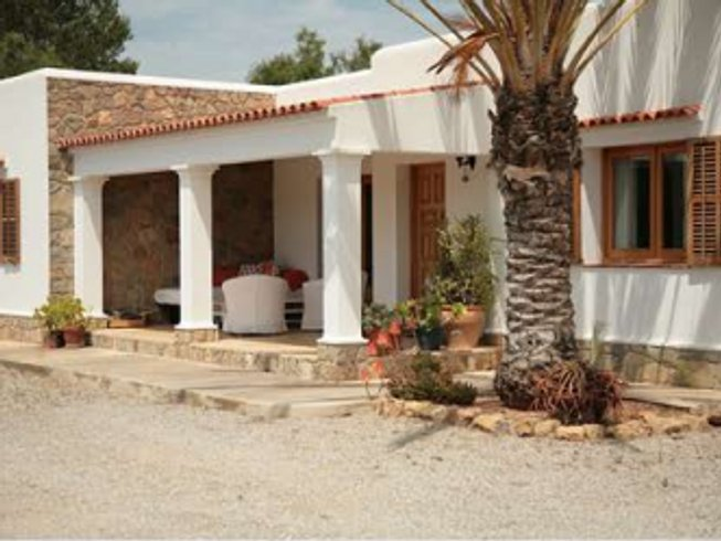 5 Days Spain Yoga Retreat for Couples