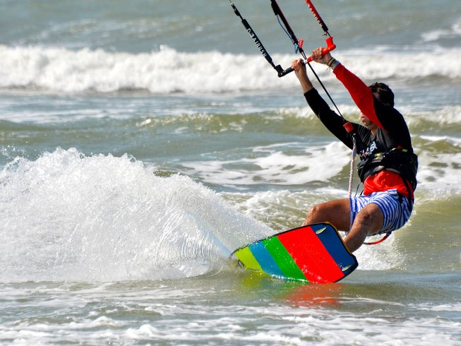 8 Days Beginner Kite Surf Camp Caribbean, Colombia