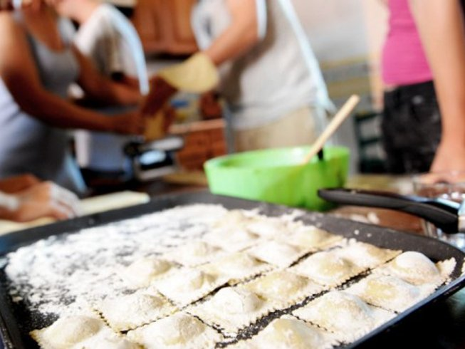 7 Days Foodie and Cooking Holidays in Italy