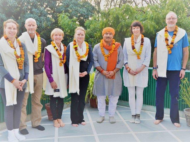 27 jours-200h en formation de professeur de méditation à Rishikesh, Inde
