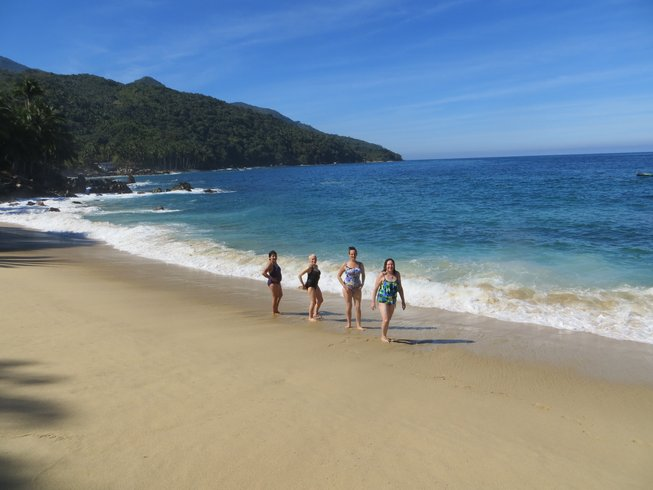 9 Days Hiking and Yoga Retreat in Yelapa, Mexico