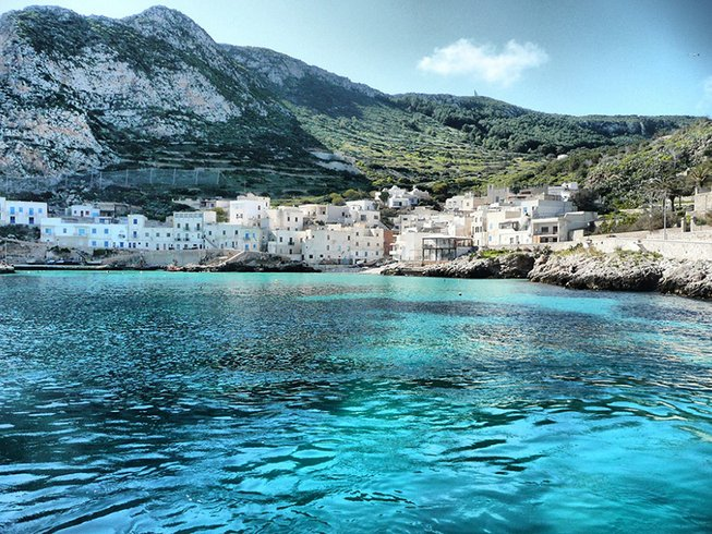 4 Days Cruise, Cooking, and Yoga Retreat in Sicily, Italy