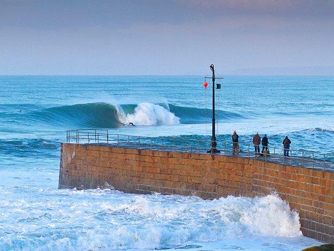 3 Days Surf Holiday in Woolacombe, United Kingdom