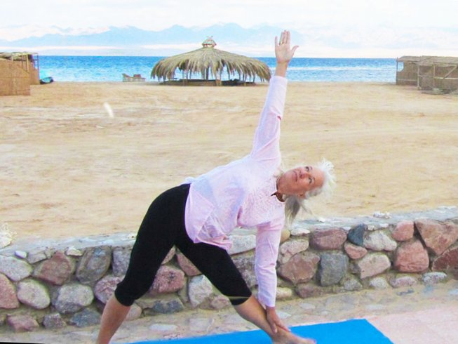 8 Days Meditation and Yoga Retreat at the Red Sea in Egypt