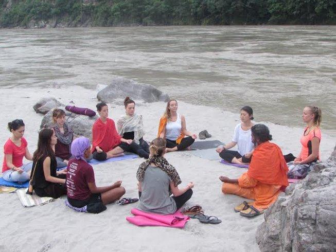 29 Days 200-Hour Yoga Teacher Training in Rishikesh, India
