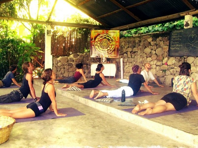 35 Days Intensive Yoga Course in Guatemala