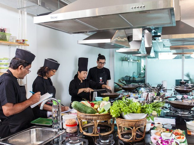 7 Days Professional Thai Culinary Vacation in Thailand