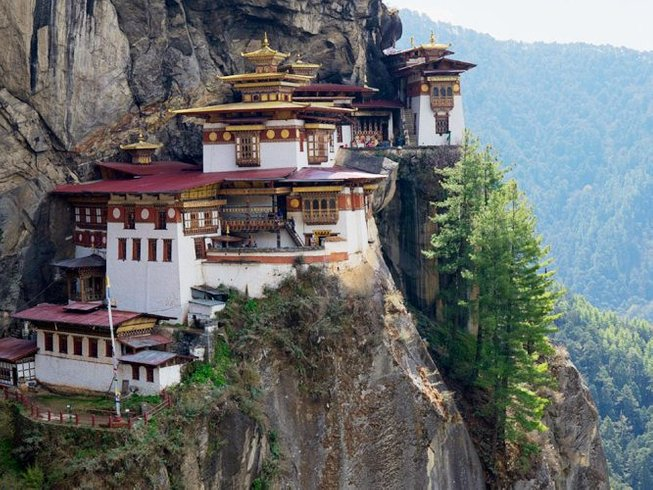 10 Days The Heart of Happiness Yoga Retreat in Bhutan