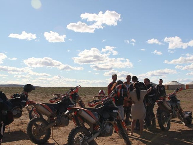6 Days Dirt Bike Mongolia Motorcycle Tour