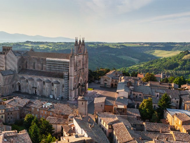 8 Days Countryside Meditation and Yoga Retreat in Sabine Hills, Italy