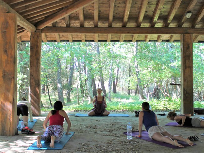 7 Days Mom and Kids Yoga Retreat in Tuscany, Italy
