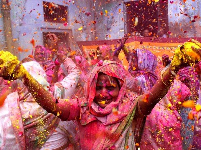 16 jours en stage de yoga, fête des couleurs et visite des villes sacrées en Inde