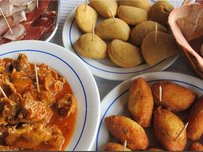 9 Days Cooking Holiday and Food Tour in Portugal