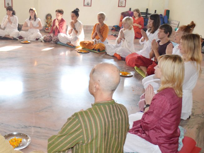 42 Days 300-Hour Hatha Yoga Teacher Training and Yoga Therapy in Rishikesh, India