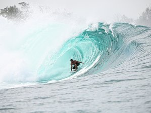 11 Day Luxury Surf Charter Boat in Mentawai, West Sumatra