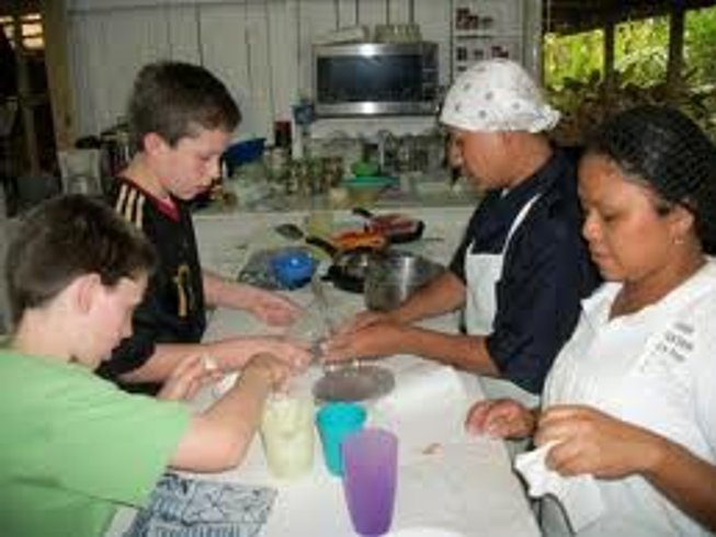4 Days Maya Mountain Lodge Cooking Vacation in Belize