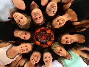 7 jours en stage de yoga et de surf à Nusa Lembongan, Bali