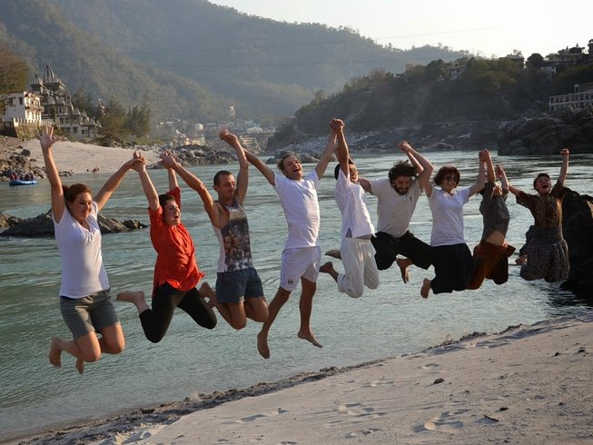 28-Daagse 200-urige Hatha Yoga Docentenopleiding in India