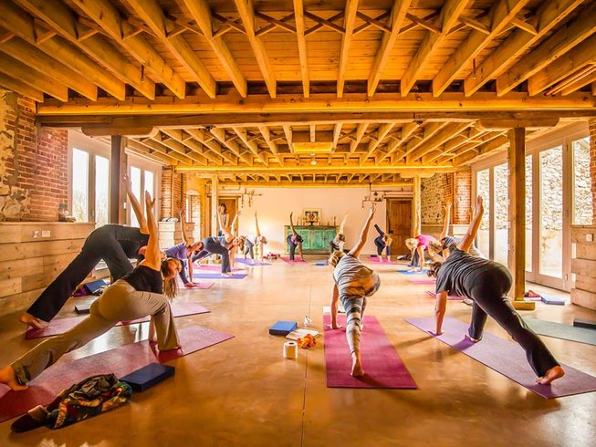4 Days Norfolk Bank Holiday Wellbeing Yoga Retreat UK