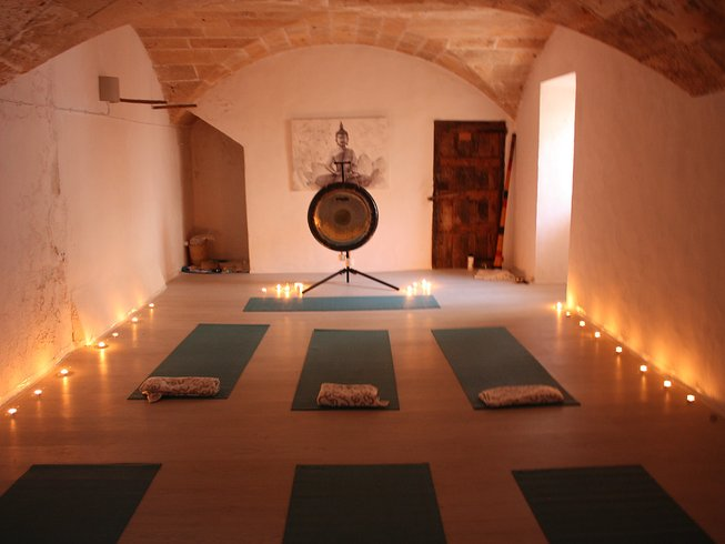 8 Days Ashtanga Yoga Retreat in Spain