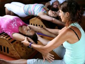 8-Daagse Critical & Restorative Alignment Yoga Teacher Training in Toscane