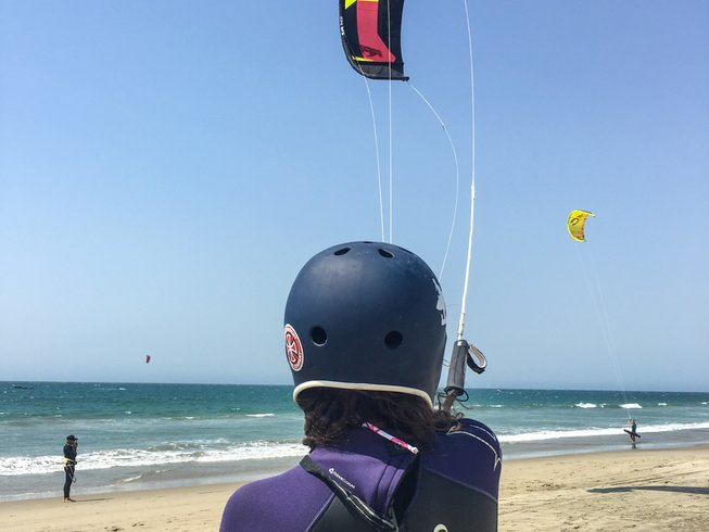 8 Days Women's Kiteboarding and Yoga Retreat in Mancora, Peru