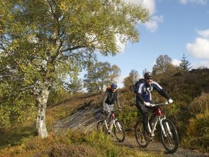 4 Days Classic Mountain Cycling Holiday in Cairngorms National Park, UK
