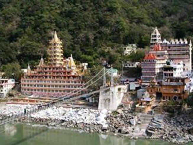 29 Days 200-Hour Hatha YTT in Rishikesh, India