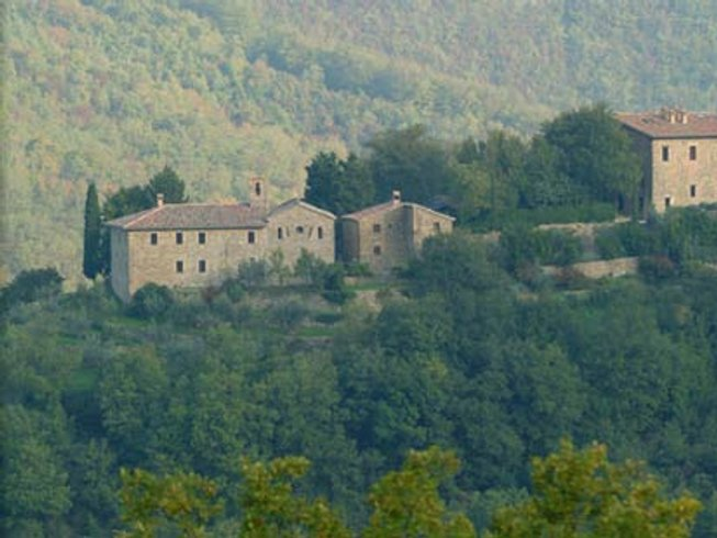 8 Days Tranquil Yoga Retreat in Umbria, Italy