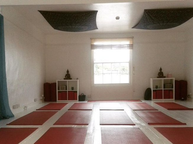 4 Days Relaxing Yoga Retreat in Sidmouth, UK