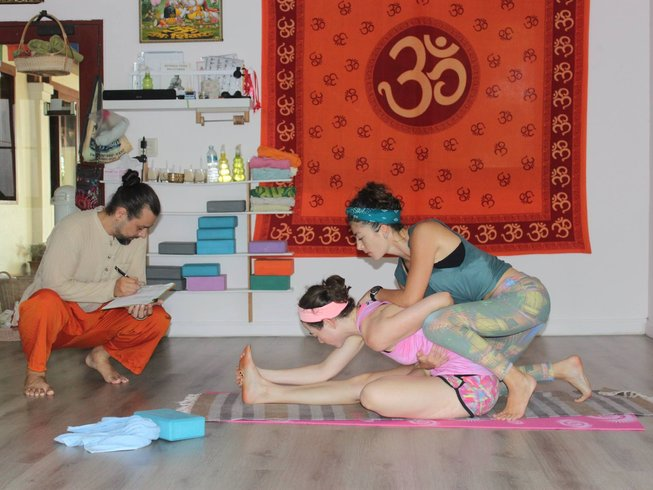 28 Days 200-Hour Ashtanga Yoga Teacher Training in Phuket, Thailand