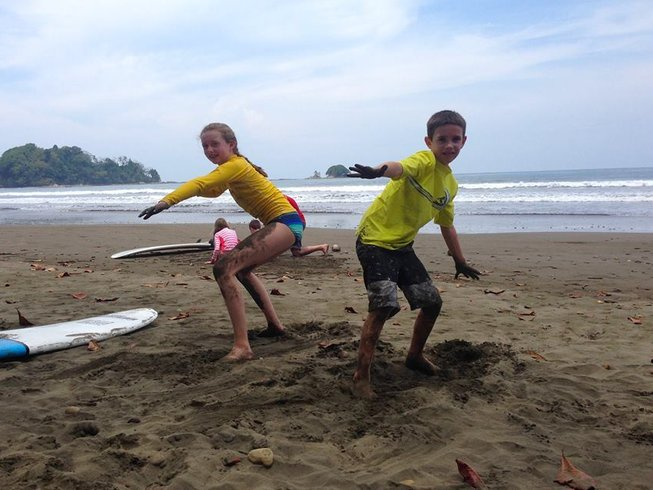 7 Days Backpackers' Surf Camp in Dominical, Costa Rica