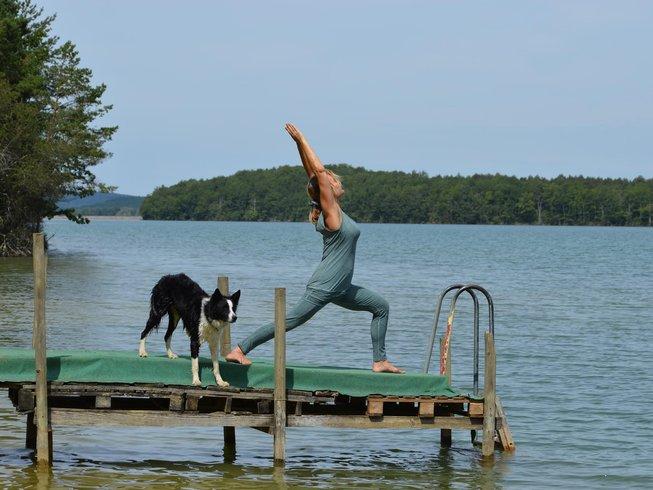 8 jours en stage de yoga et méditation en été, France