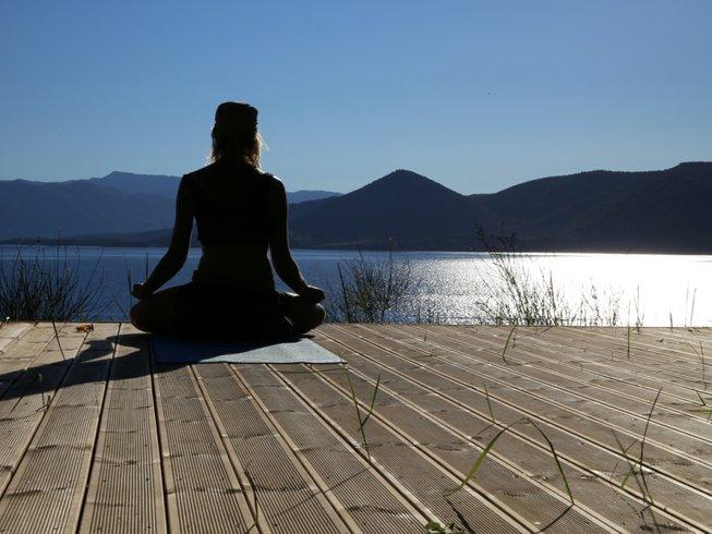 15 días retiro de yoga Kundalini en Palairos, Grecia