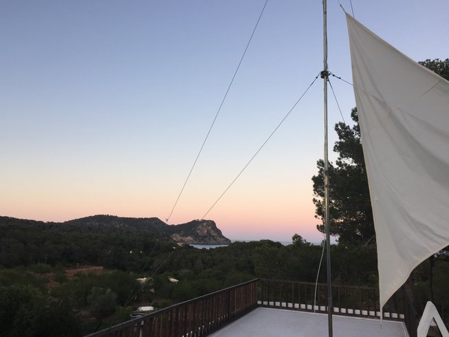 5 Days Bed and Breakfast Meditation Yoga Retreat in Ibiza