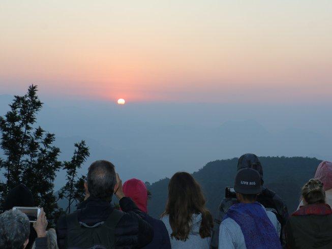 8 días vacaciones y salud: retiro de yoga y meditación en Rishikesh, India