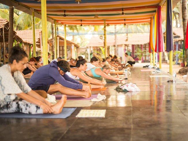 29 días de profesorado de yoga de 300 horas en Goa, India